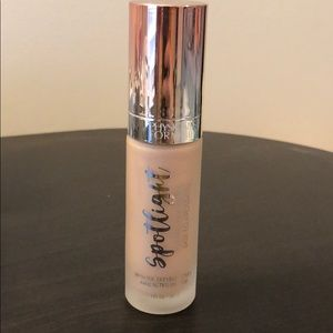 Physicians Formula Spotlight illuminating Primer
